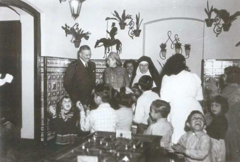 Evita en el Hogar de Tránsito Nº 2, hoy Museo Evita, Lafinur 2988, Buenos Aires